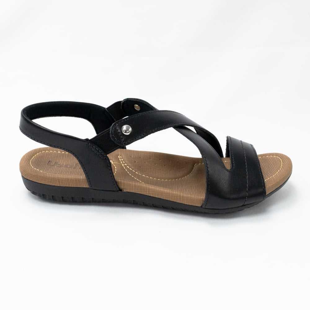 Sandália Usaflex R1804 Couro liso com elásticos