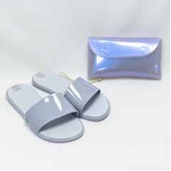 Chinelo Zaxy 17996 Slide Hit com Mini Bag