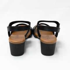 Sandália Usaflex AD0901 com elástico canelado