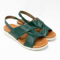 Sandália Usaflex AD3903 Couro Pelica com palmilha super confortável