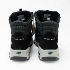 Tênis Skechers 49727 D'Lites Chill Flurry ideal para Trilhas e Trekking
